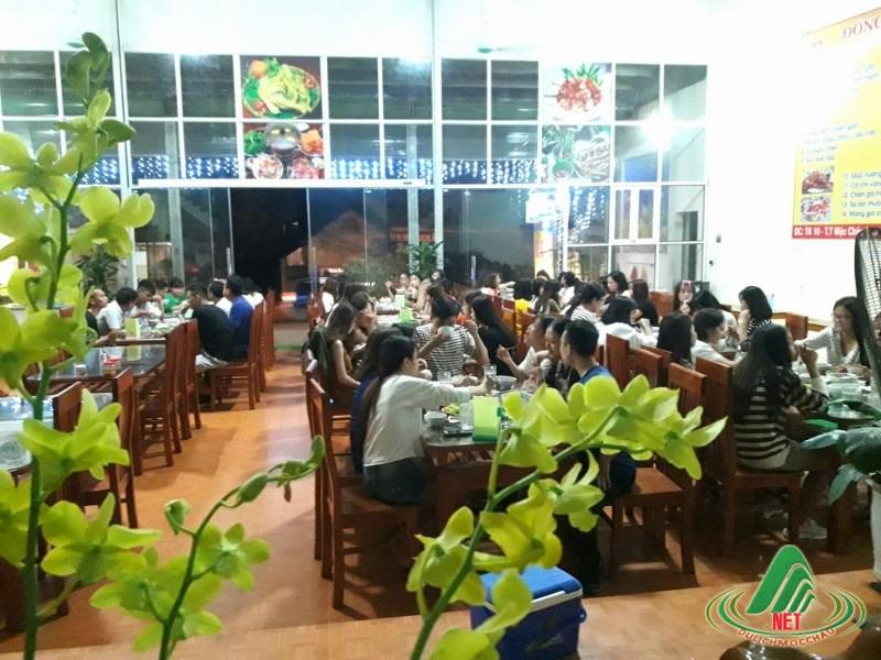 Nhà hàng Đông Hải (2)