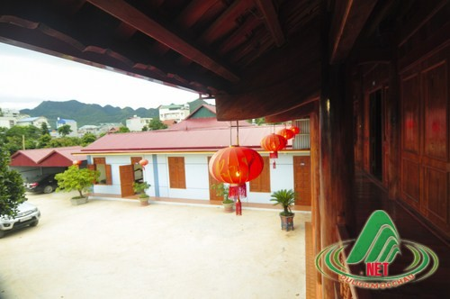 nha san phuong huong (2)