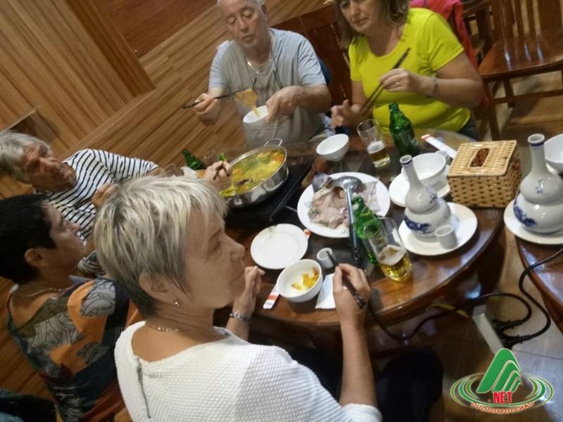 nhà hàng 72 mộc châu (2)