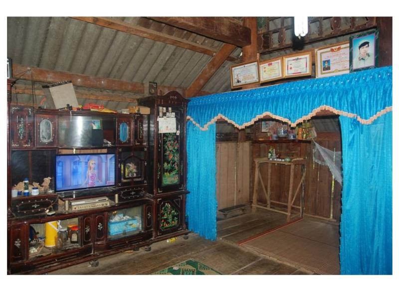gian chính của nhà sàn ở bản Áng, Mộc Châu