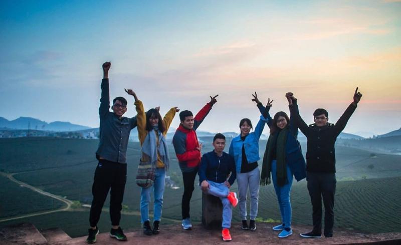 Kinh nghiệm đi Mộc Châu ngắm bình minh trên đồi chè -