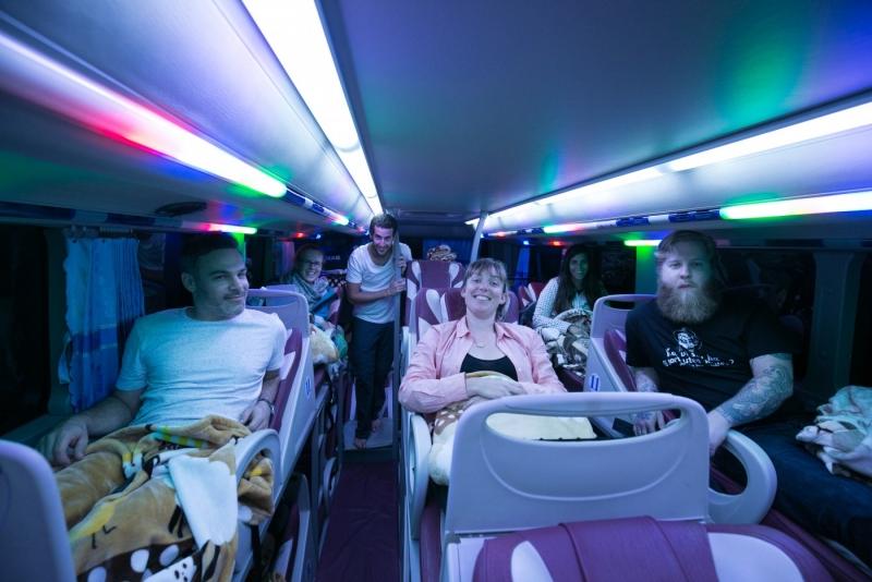 Hành trình khám phá Mộc Châu bằng xe khách