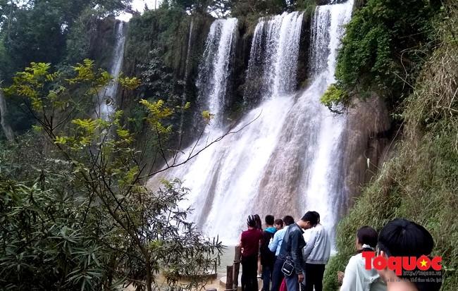 Khám phá 'Thiên đường' tránh nóng chỉ cách Hà Nội 180km - ảnh 2