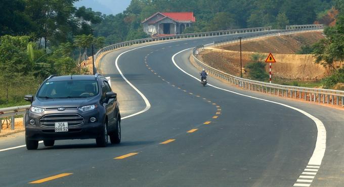 Chuẩn bị thông xe cao tốc Hà Nội - Hòa Bình, đi Mộc Châu chỉ còn 3 tiếng