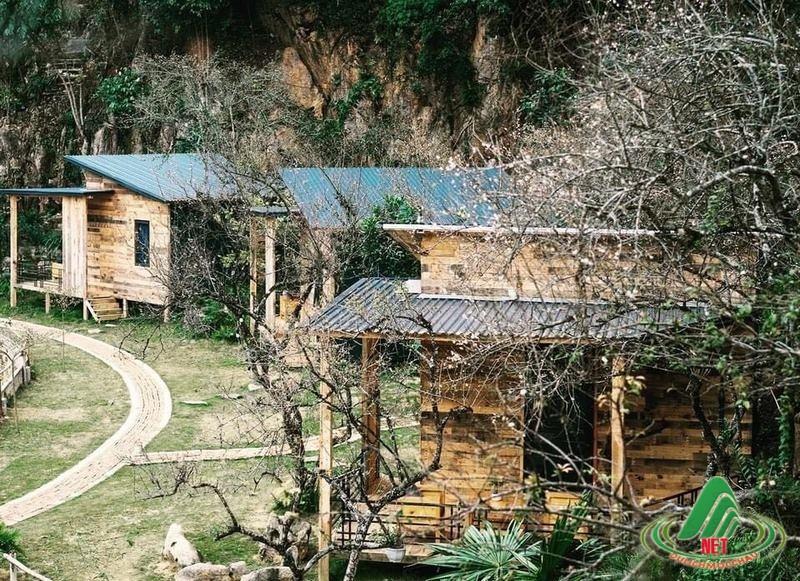 house by lake moc chau (Copy)